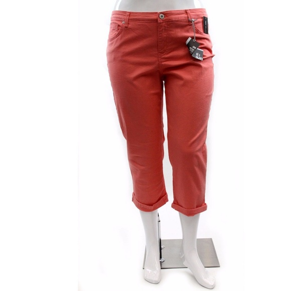 74f4b61779bbb Style Co. Plus Size Tummy Control Capri Jeans